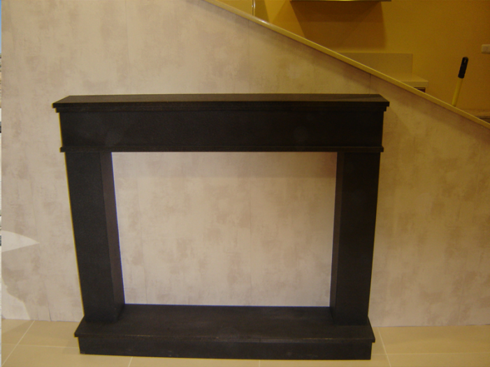 Para chimeneas excellent puertas para chimeneas a medida for Molduras para chimeneas